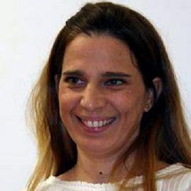 Dña. Lola de Toro